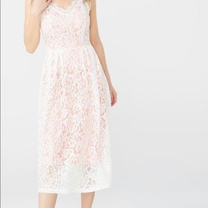 🌸ABS Lace Dress🌸